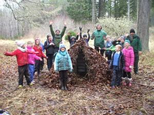 Outdoor learning hut 003